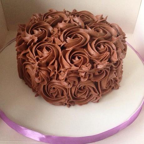 vegan rose style cake